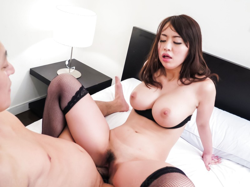 Kaede Niiyama big boobs out of bra hairy pussy sex pic