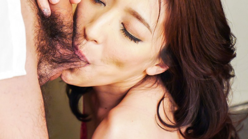 Marina Matsumoto sucking balls and stroking dick